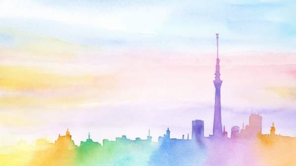 Een waterverfschilderij van een silhouette van een horizonlijn van een stad, in pastel regenboogkleuren